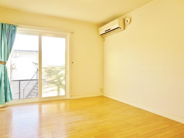 梁のない個室★窓からの目線は屋外と合いません