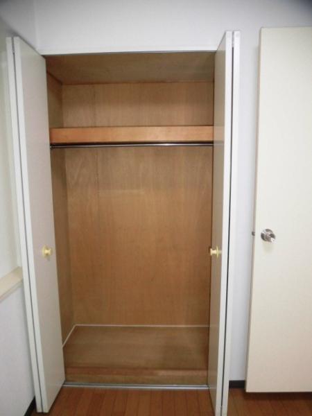 全居室収納スペース付きで広々住空間