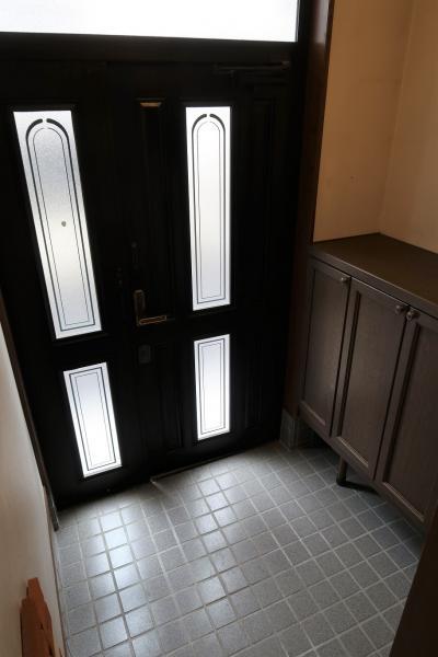 下足入れのある玄関