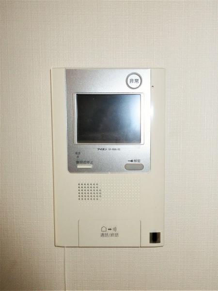 便利な浴室暖房乾燥機付。