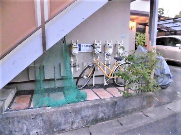 階段下に自転車を置けます