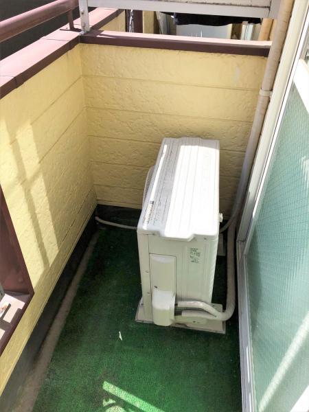 洗濯機置場はバルコニーに有