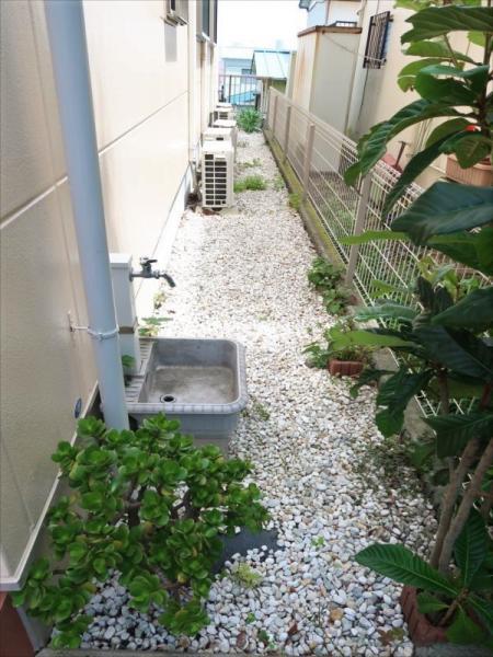 建物脇に外水栓あり!