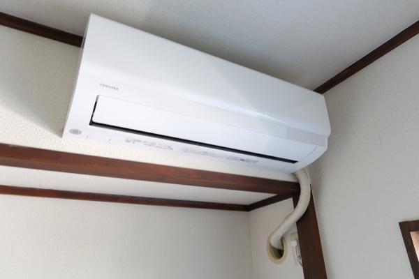 和室部分 エアコン新規設置♪