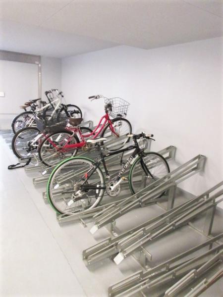 駐輪場・バイク置場有。空き等詳細要問合せ
