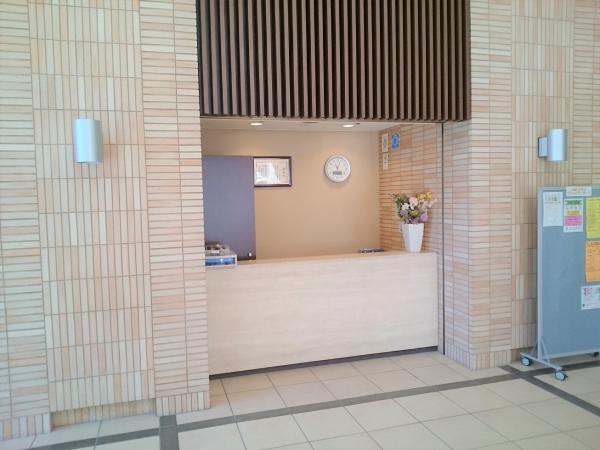 共用施設の受付などフロントサービスを提供