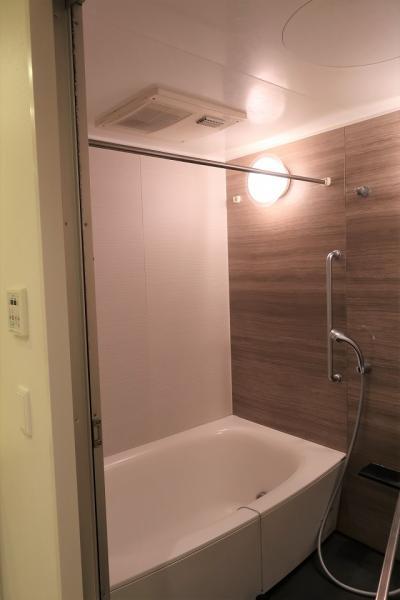 追焚き・浴室換気乾燥機付きで快適なバスタイム