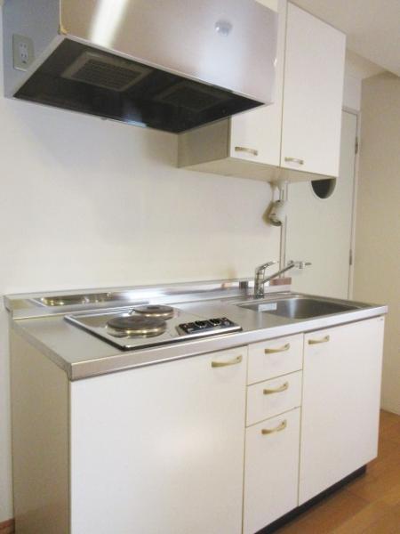 収納力のあるキッチンは使勝手の良い2口コンロ