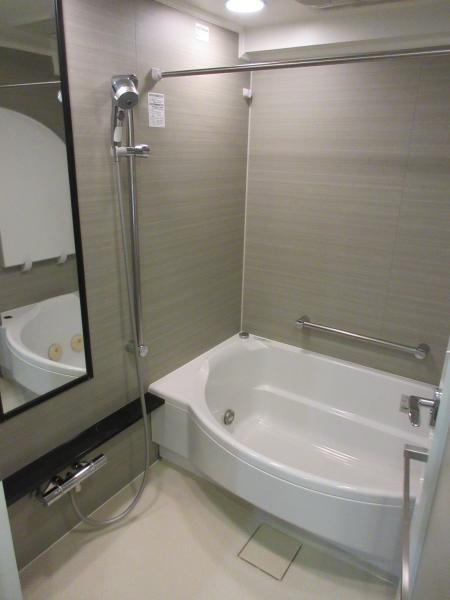 ジェットバス・浴室乾燥機付