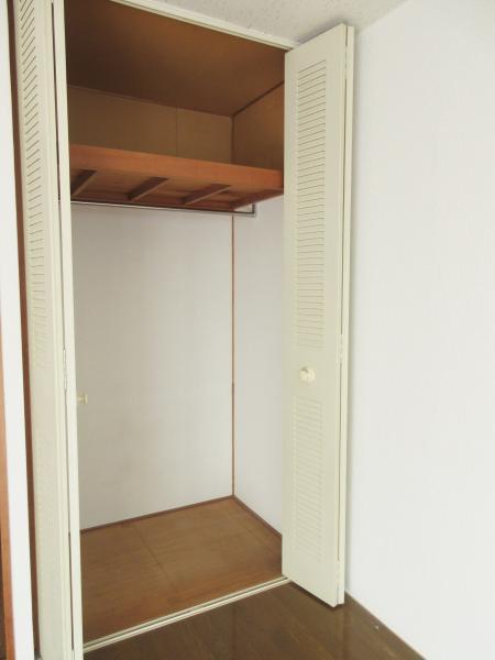 大型の収納付で部屋が片付きます