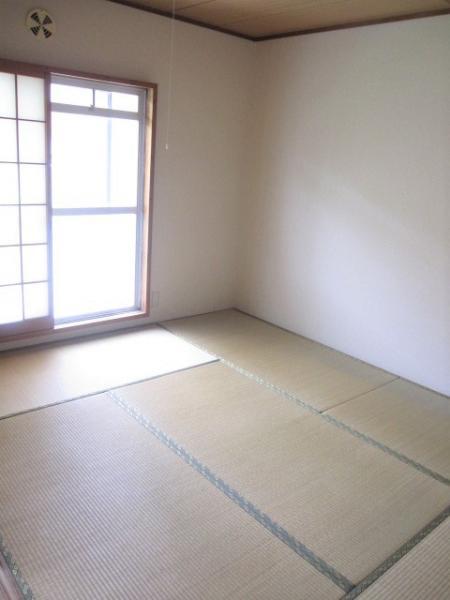 南側の和室6帖