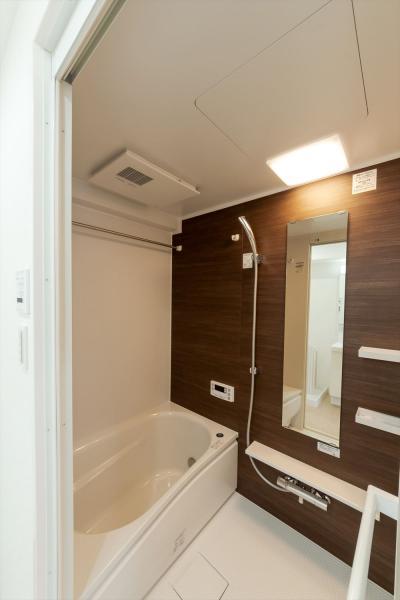 浴室は充実の追い炊き+ステンレスバーあり♪