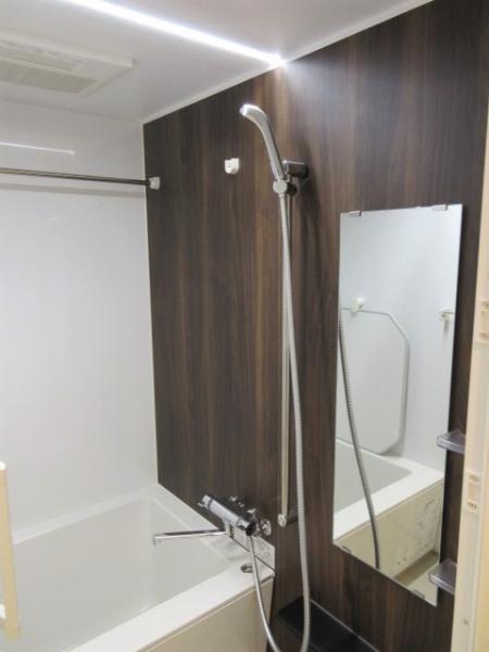 浴室換気乾燥暖房機・ステンレスバー付き