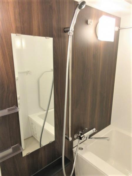 浴室乾燥機付きで換気のしやすい浴室