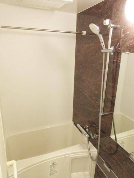 浴室換気乾燥暖房機あり