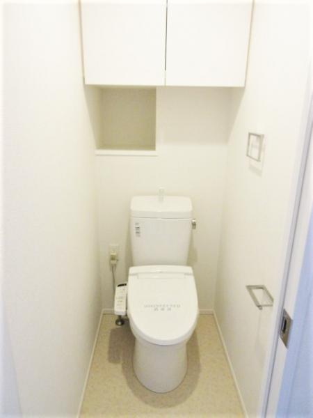 快適に使用できる温水洗浄便座あり!