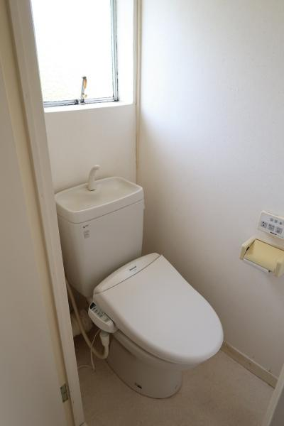 洗浄機能付便座は貸主の機能保証はございません。