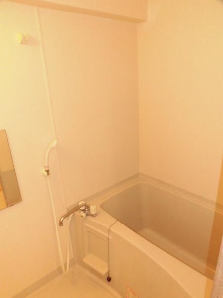 浴室乾燥機付き、浴室。