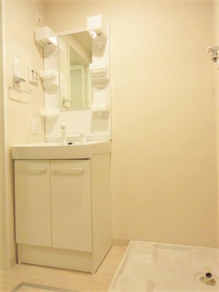 洗髪洗面化粧台・室内洗濯機置き場