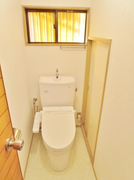 トイレ本体および洗浄暖房便座新品☆
