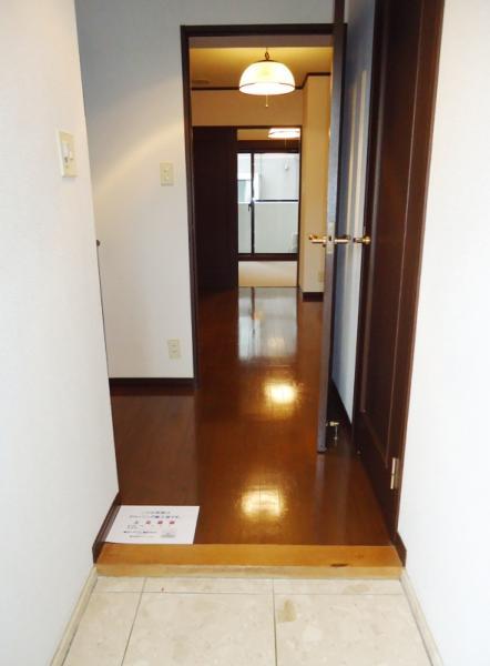 玄関も広々お使いいただけます。