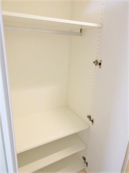扉内鏡付きシューズクローゼットあり浴室乾燥機付き
