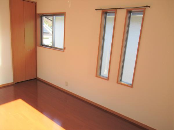 2階洋室(約6.5帖)