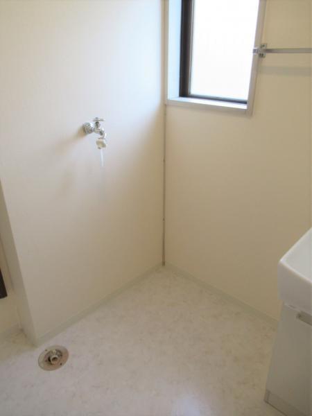 洗濯機置き場(洗面室)
