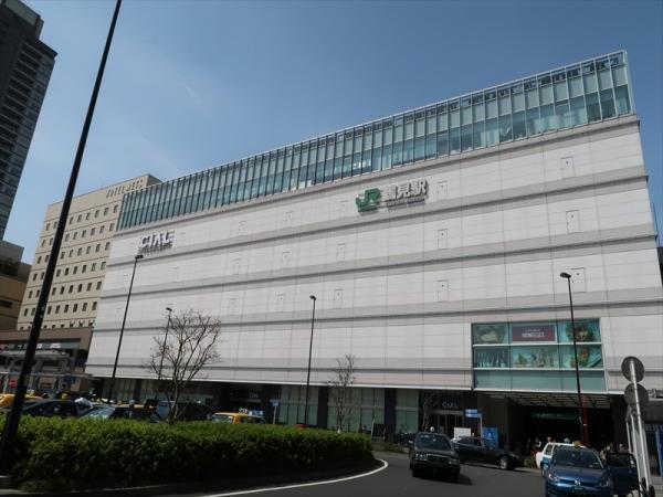 駅ビルCIAL鶴見