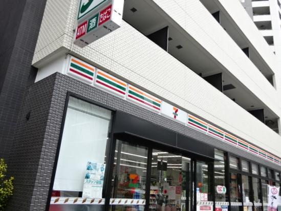 セブンイレブン新宿7丁目店