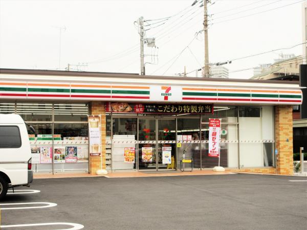 セブンイレブン東京高校前店